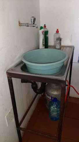 Removable Sink with stand