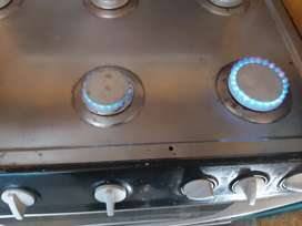 Full gas stove 6 plate and oven