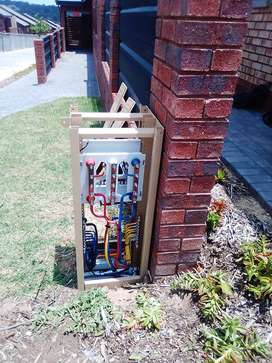 Electrician and also electric fence installer