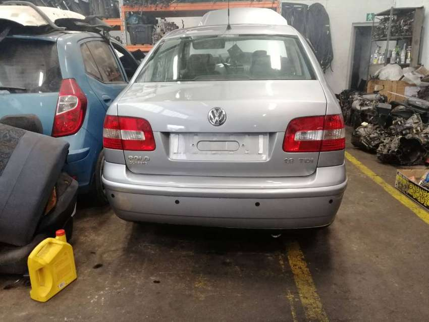 2005 VW POLO 1.9TDI SEDAN STRIPPING FOR SPARES 0