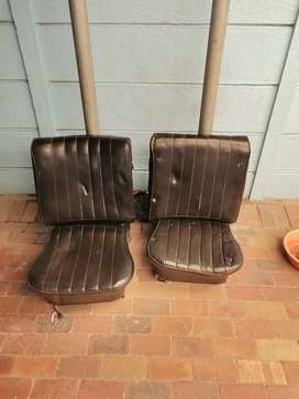 2 beetle front seats