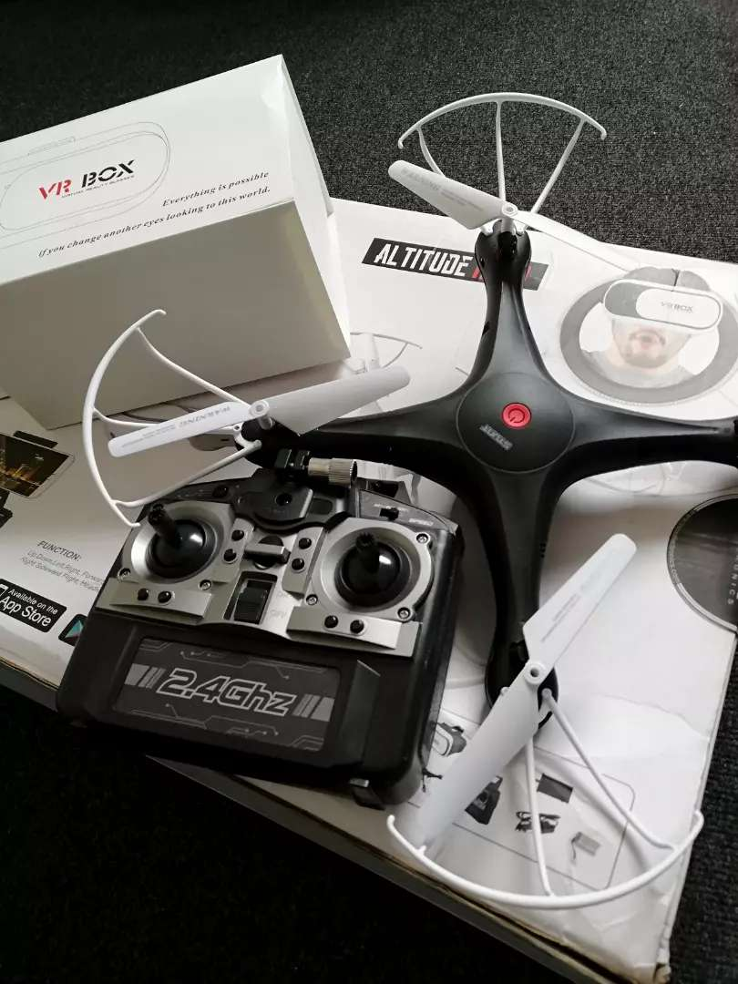 Drone with VR BOX 0