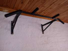 50 KG Weights And Pull Up Bar