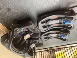 Joie ibase baby car seat