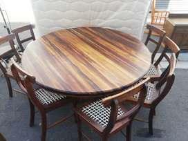 8 seater tabel and sideboard blackwood 8 chairs