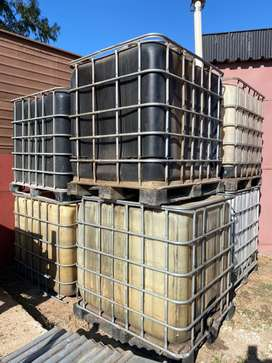 1000lt water storage tanks 8 available R1000 each