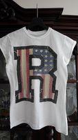 Biały T-Shirt River Island z dużą literą R