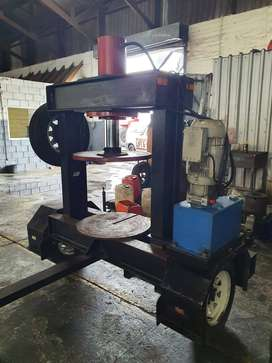 TYRE PRESS AND TRAILER