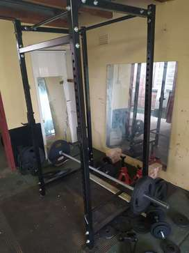 Powercage, bars, weights & Benches