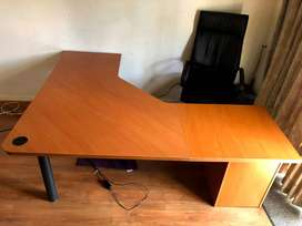 L-shape table with drawers