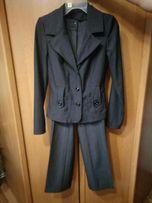 Продам костюм 46 р.