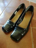 Eleganckie czarne buty ze skóry