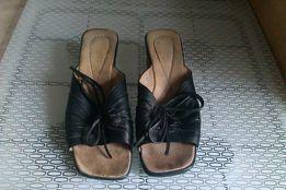 Шлепки женские кожаные 39 р. на широкую ногу
