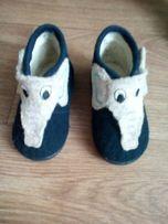 Детские ботиночки топики