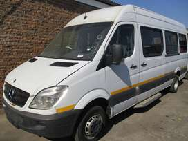 2010 MERCEDES SPRINTER 518 22 SEATER