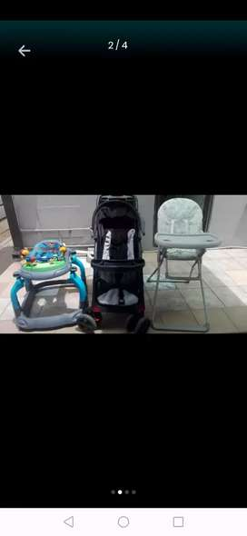 Pram and feeding chair