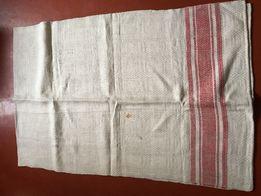 Скатерть из льняного полотна
