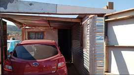 3 and a 1/2 room mkhukhu and stand for sale