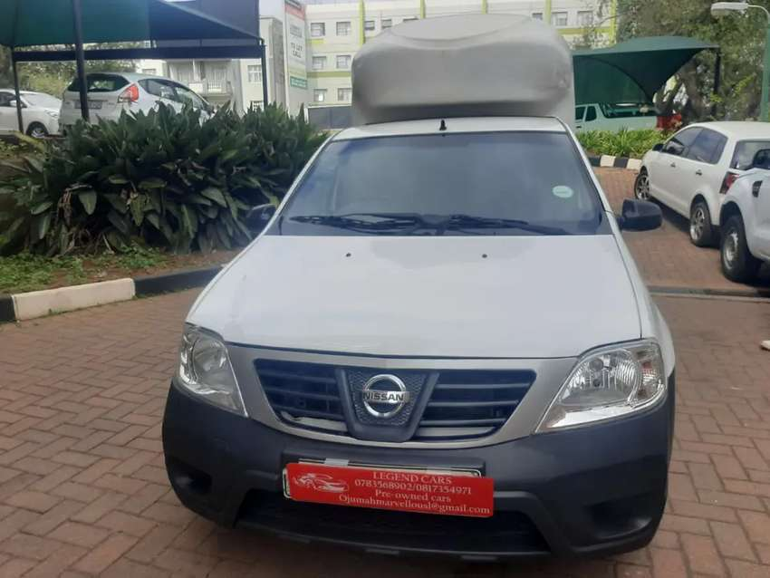 2014 Nissan Np200 1.6 with Canopy