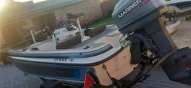Bass challenger bassboat with 60hp mariner