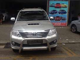 2014Yoyota Fortuner D4D available now for sale Apply now thank you,