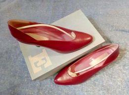 Женски туфли, классическая лодочка, натуральная кожа, р.38, Франция