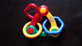 погремушки, прорезыватели, первые игрушки Fischer Price, Chicco, Tolo