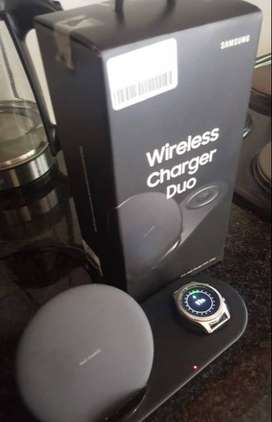 Samsung Wireless Charger Duo With Samsung Gear S3 Classic Watch