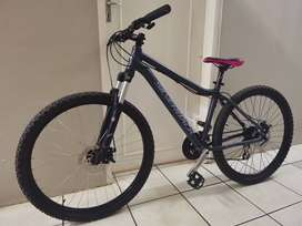 Silverback splash 3 mountain bike (M) 27.5""