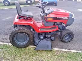 Sentinell Murray Ride On Lawnmover