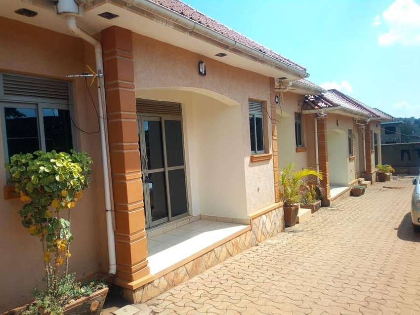 SELF CONTAINED DOUBLE ROOM HOUSE FOR RENT IN NAALYA AT 350K 0
