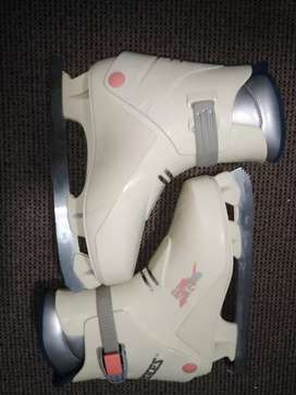 Ice skates Roces made in Italy