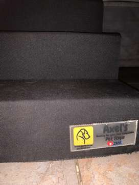 Axel's pet stairs steps - never used