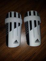 Ochraniacze Adidas r.M