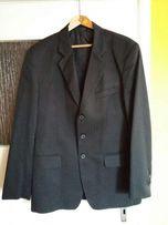 Czarny garnitur okazja