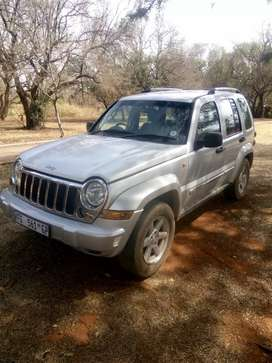 Jeep Cherokee 3.7 stripping for spares