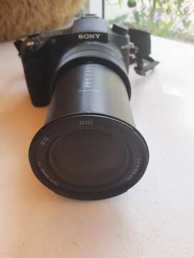Sony Cyber-shot RX10 Mark III