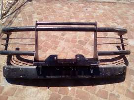 Land cruiser bull bar