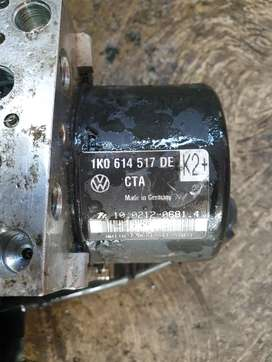VW Golf 6 GTi DSG ABS Pump For Sale