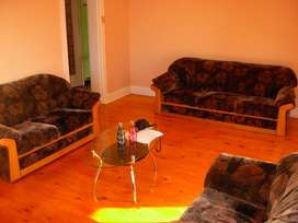 Student Accommodation available for TWO QUIET FEMALE STUDENTS