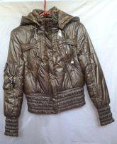 Продам демисезонную курточку (куртку) 40-42