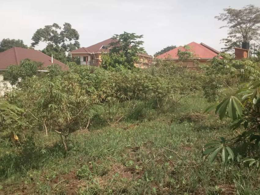 One acre on sale Namugongo Nabusigwe for 200m 0