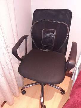 Office chair in good condition for sale