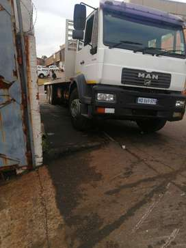 Man truck  14ton  with tag axle