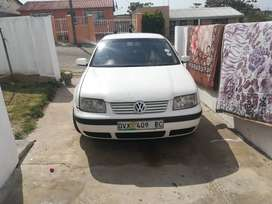 1.6 jetta 4 with original mags everyday runner price negotiable