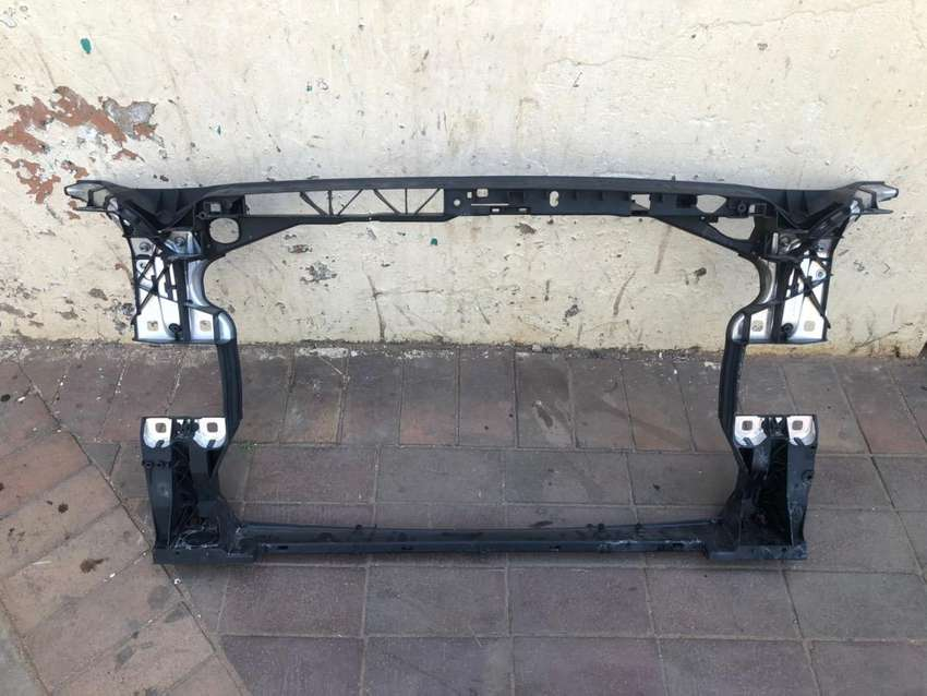 Audi A4 cradle for sale 0