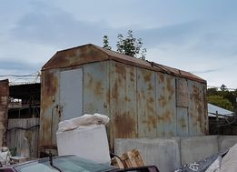 Вагончик строительный на шасси, бытовка на колесах