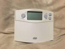 Термостат программатор indiglo Hunter model 44360