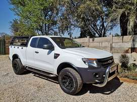 2012 Ford Ranger 2.2 T6 XL Supercab 4x2 Manual.