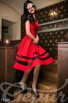 """Красное новое платье,на """"S"""""""
